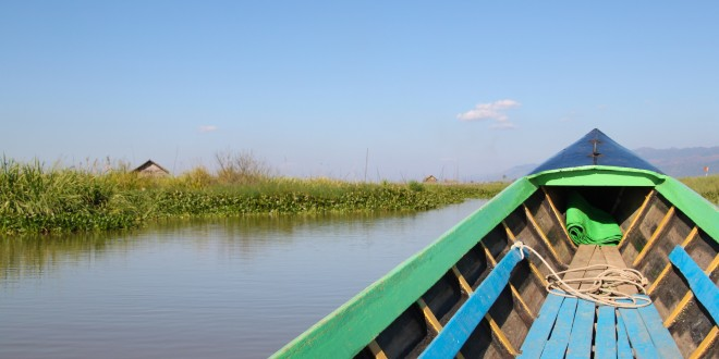 Long Boat Cruisin' on Inle Lake