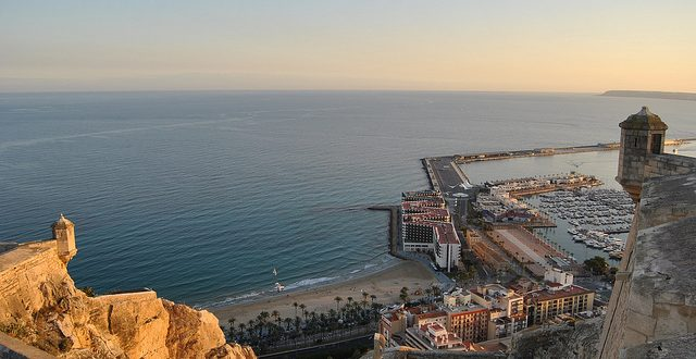 Five Local Experiences to Enjoy in Alicante
