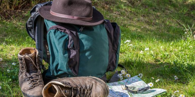 Self Sustainable Hiking & Camping – The Kit You Need To Go It Alone